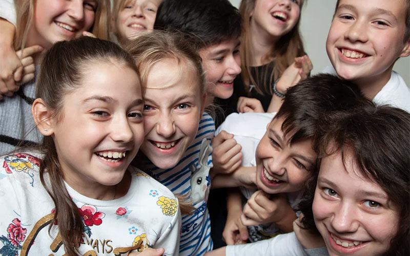 Кастинги в рекламу для подростков москва работа в москве для девушек выезд